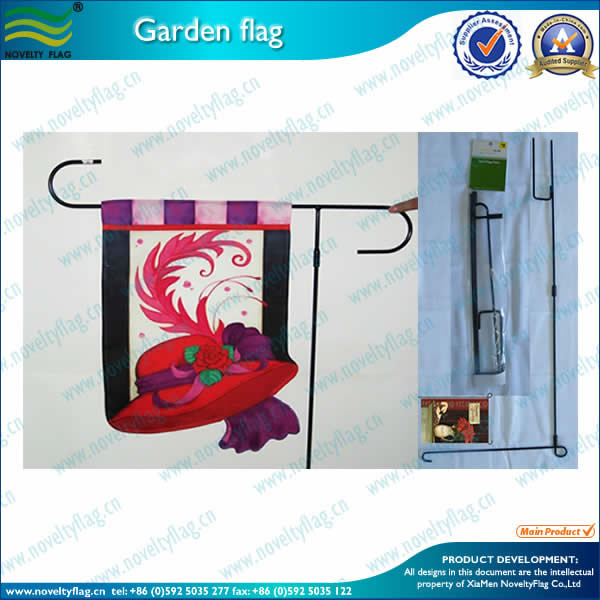 Garden flagpole with packing