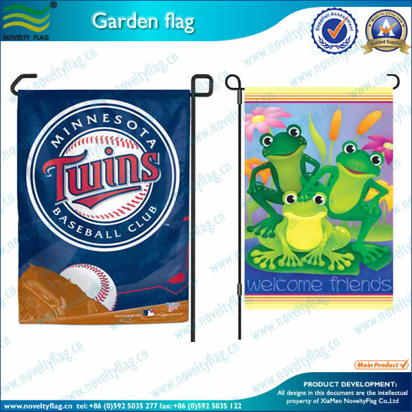 Garden flag-frogs