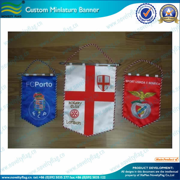 Custom bannerette flags